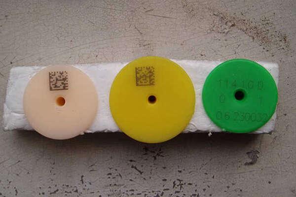 Лазерная маркировка на резине 2